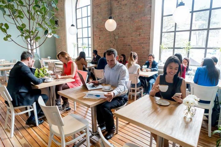 drive customer traffic in restaurant